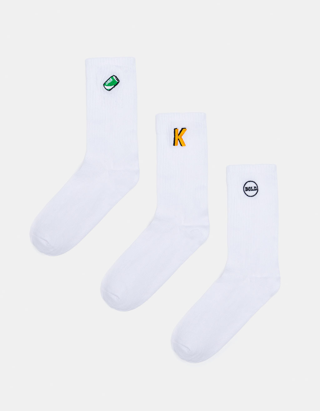 3-pack of embroidered socks.