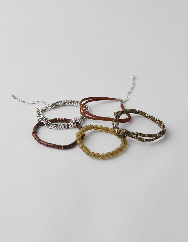 Bracelets en cordon