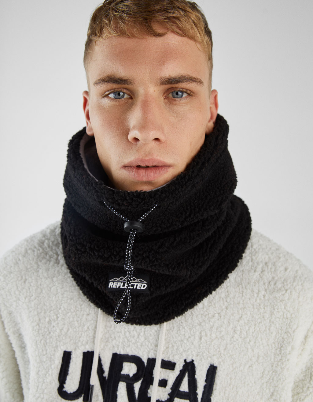 Reversible fleece neck warmer