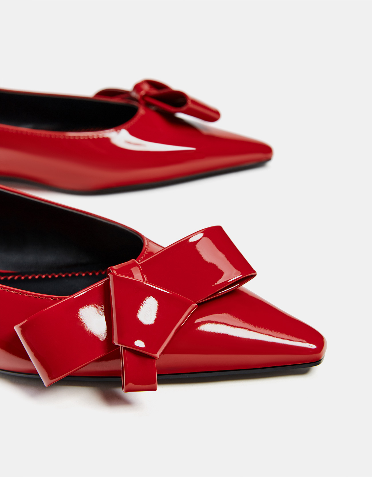 b9c913722 Faux patent leather ballerinas with bow - Flats - Bershka Macedonia