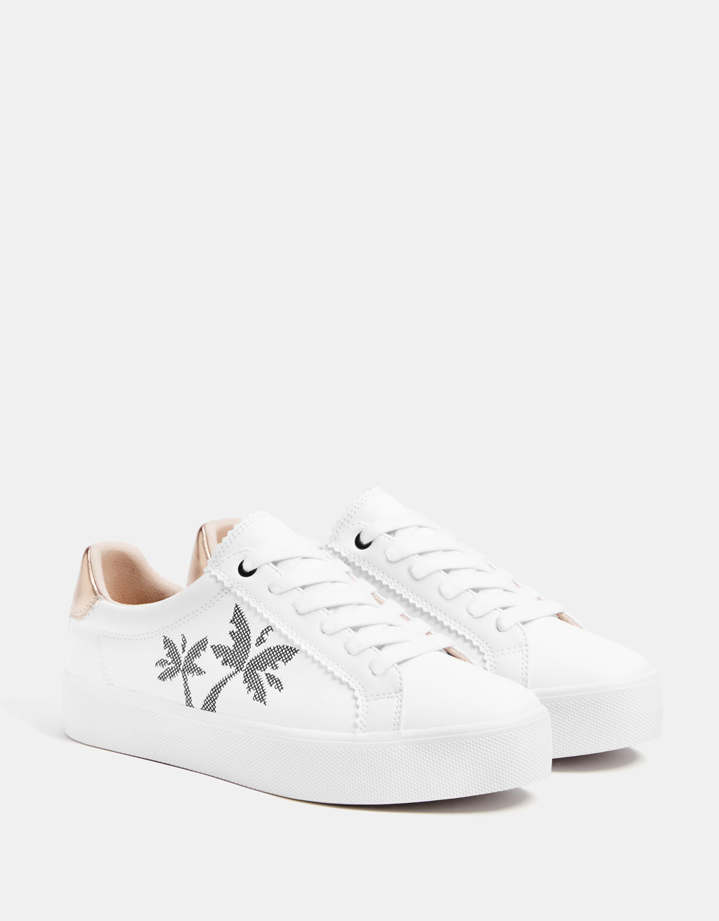 Sneakers with embroidered palm trees