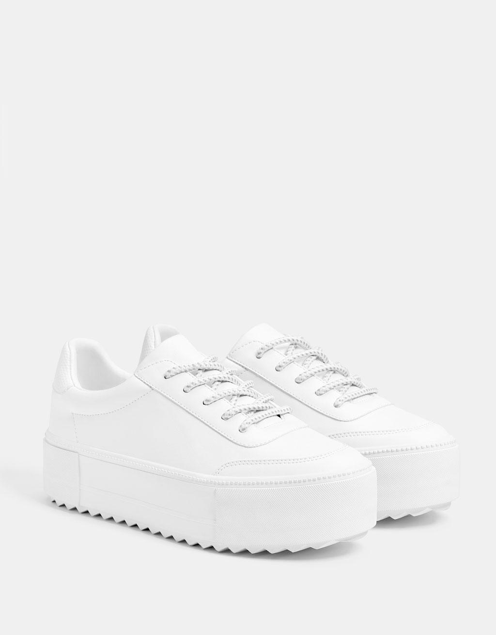 Pantofi sport albi cu platformă