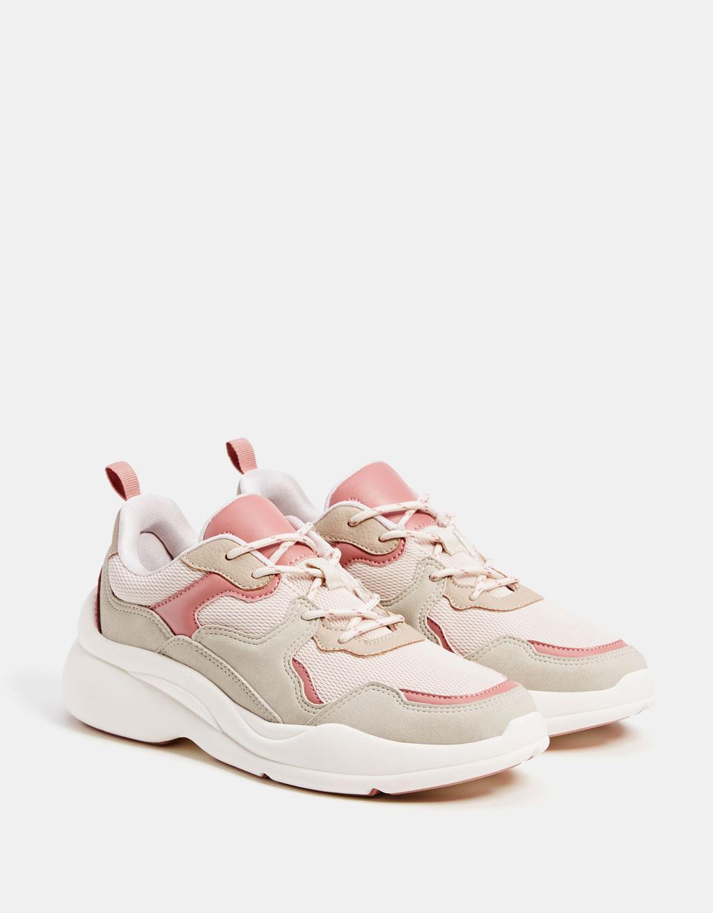 Contrasting platform sneakers