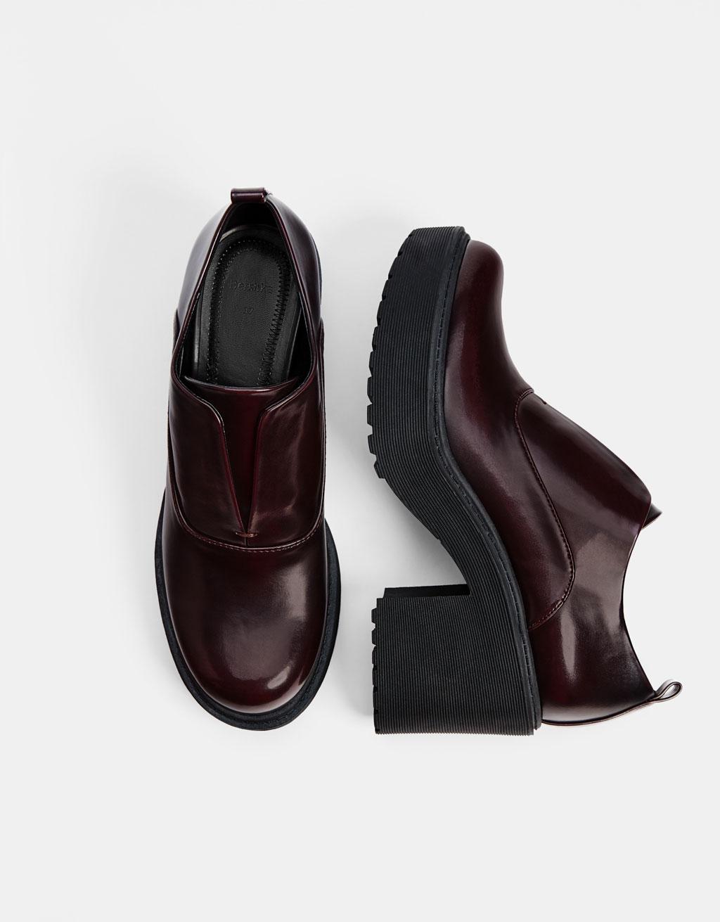 5dfcc512fc0 Maroon platform derby shoes - Heels - Bershka Indonesia