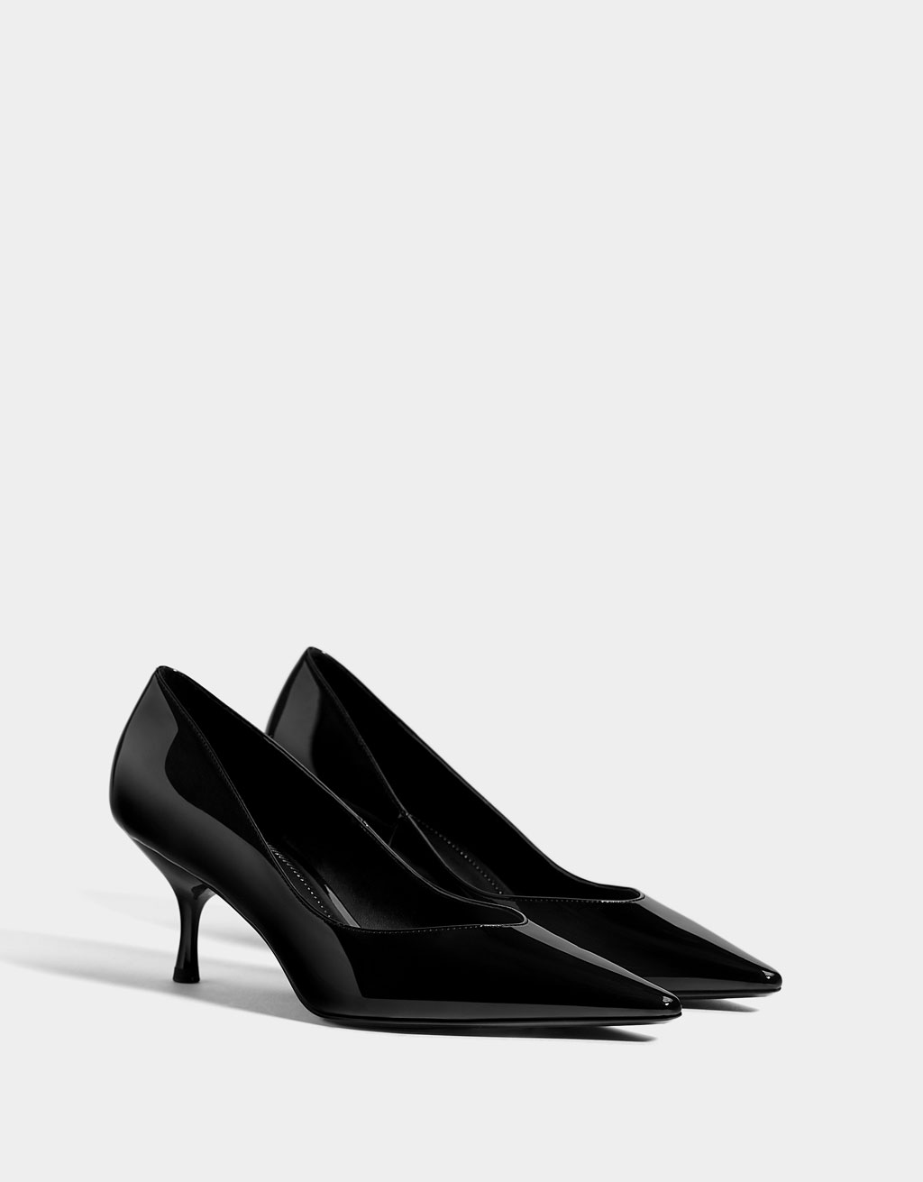 Faux patent leather mid heel shoes