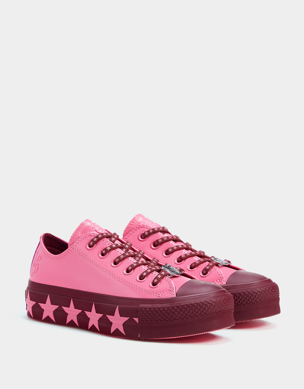 CONVERSE X MILEY CYRUS platform trainers