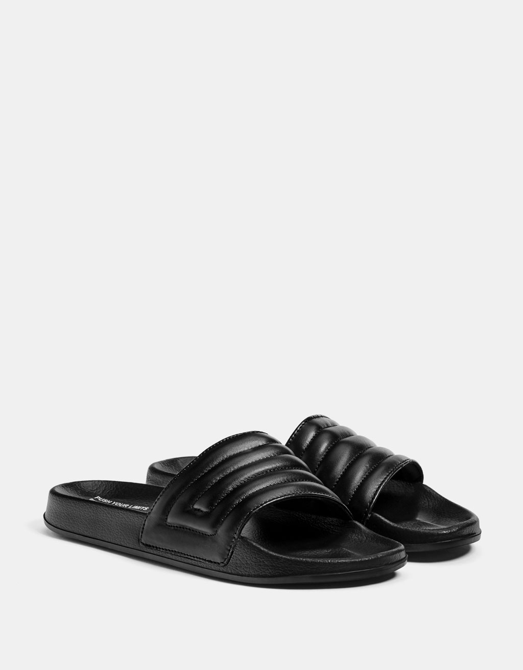 Men's quilted slide sandals