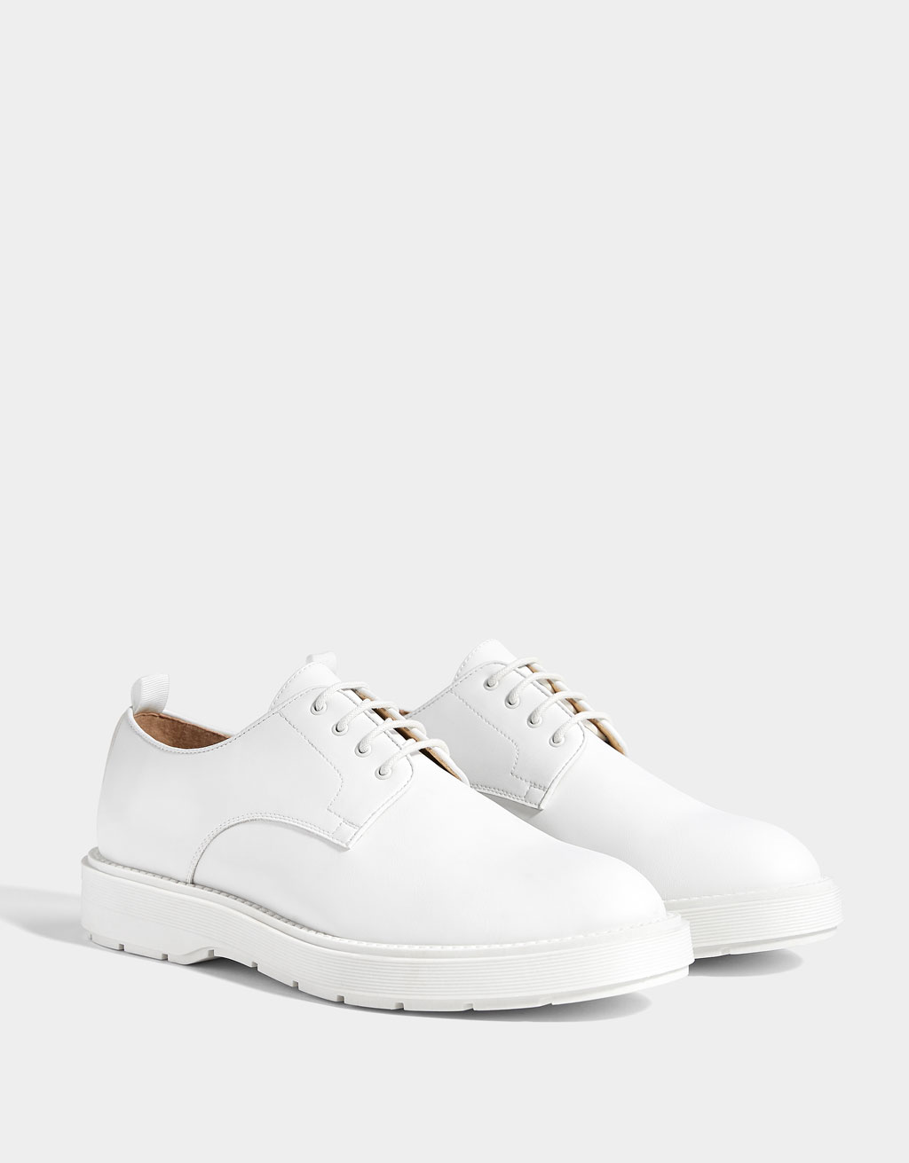Men's monochrome shoes