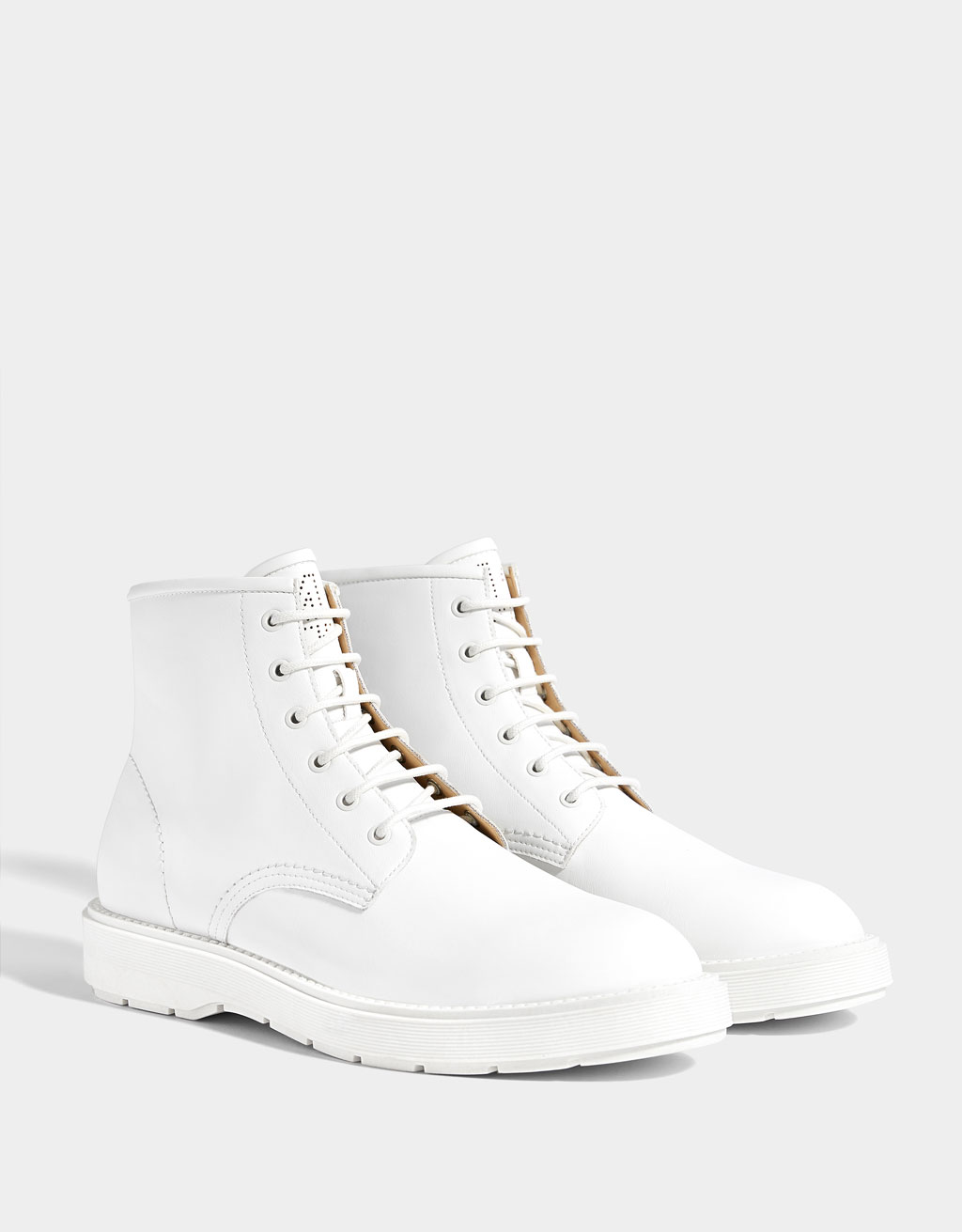 Men's monochrome boots