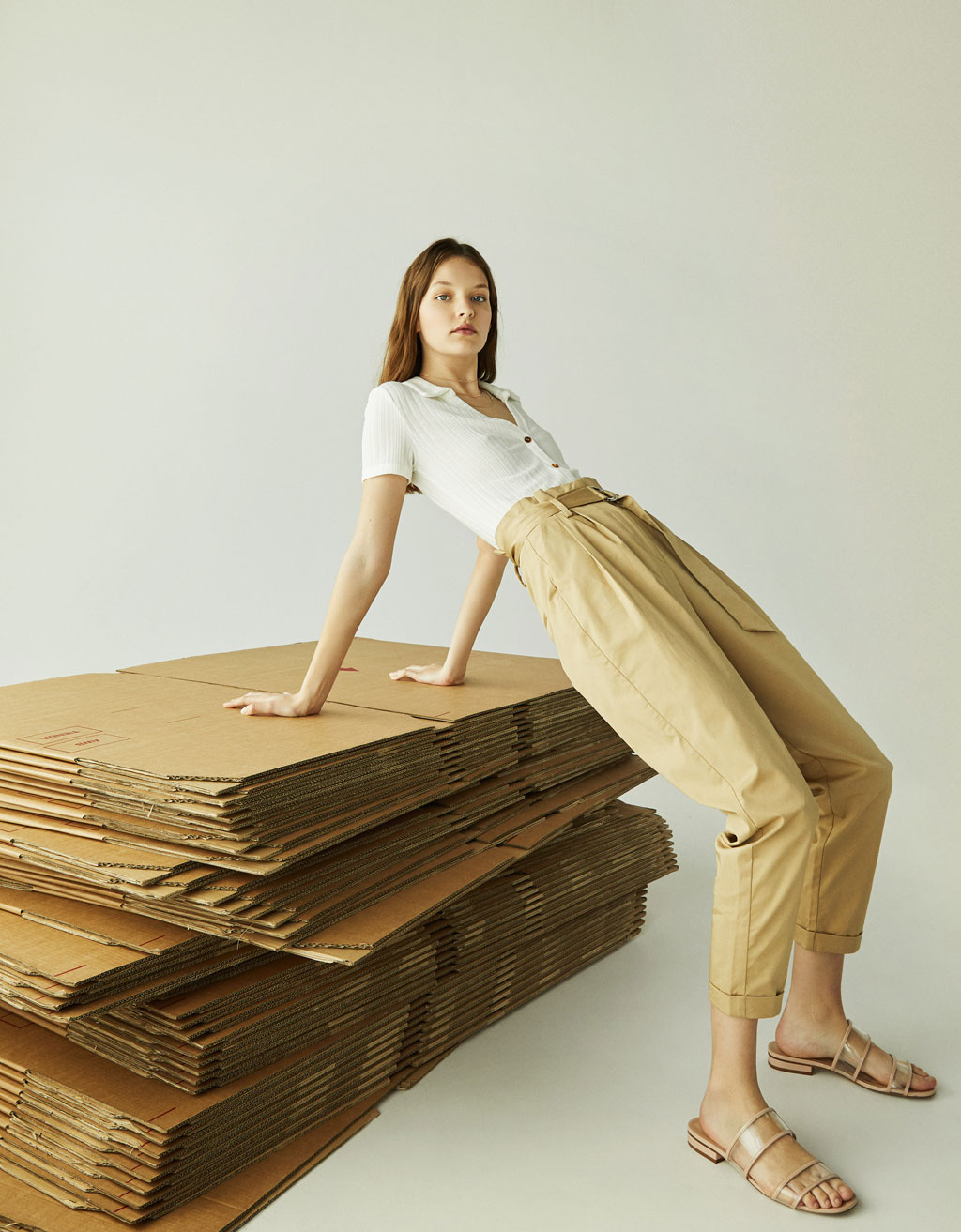 Paperbag pants with belt