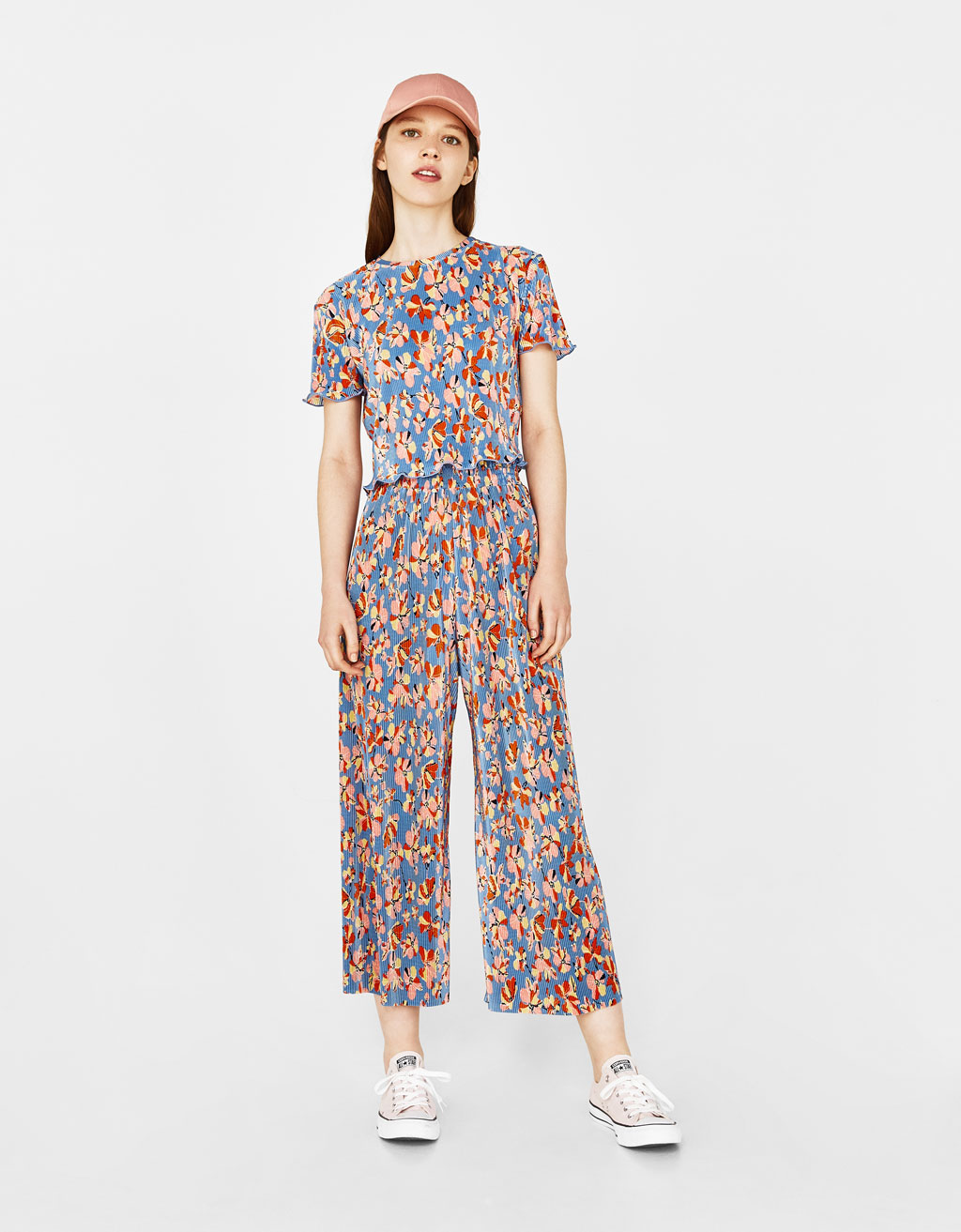 Printed and pleated culottes