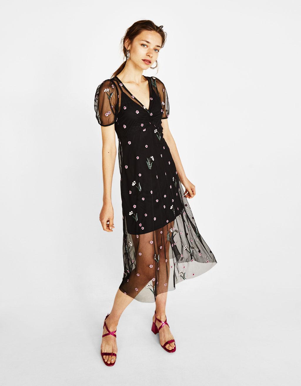 Tule jurk met bloemenborduursel