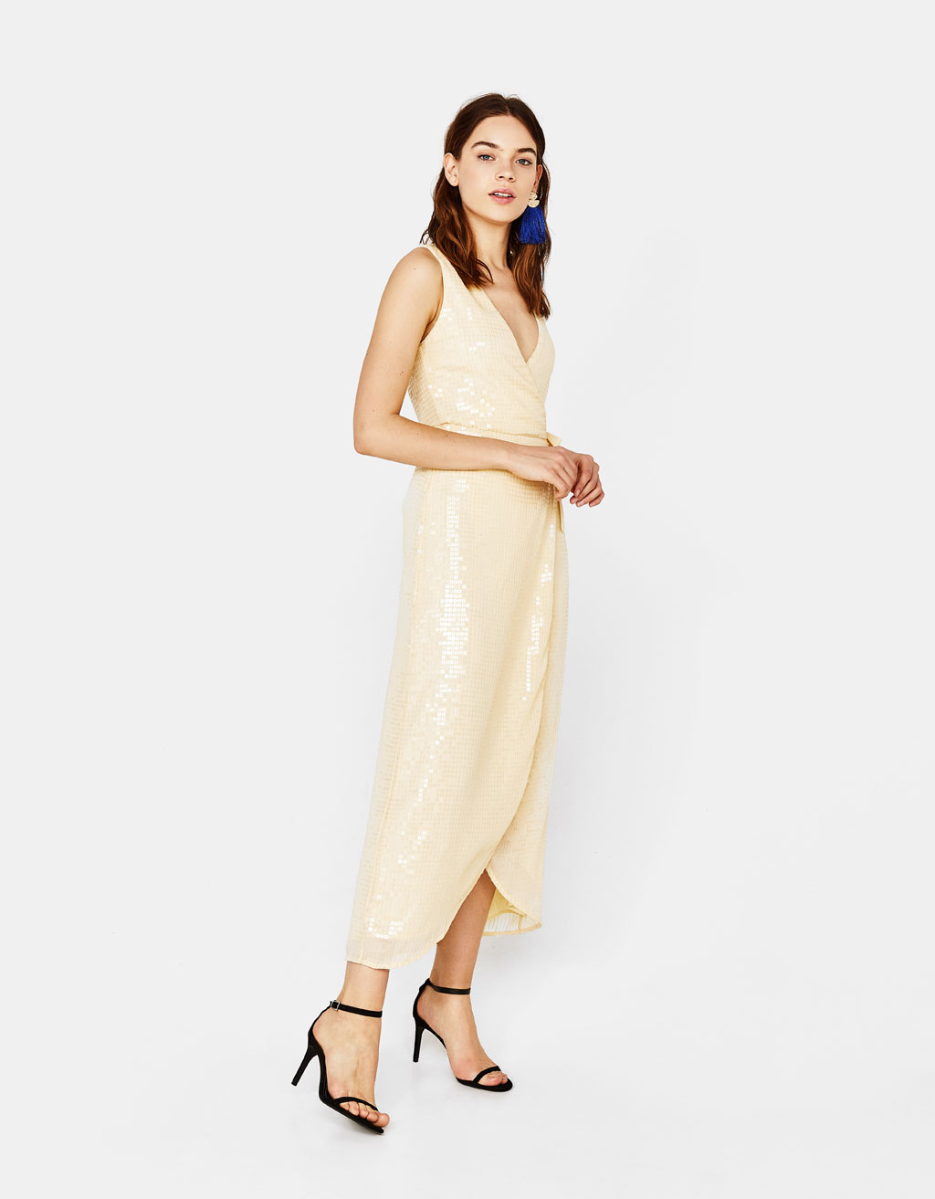 Midi dress with sequins