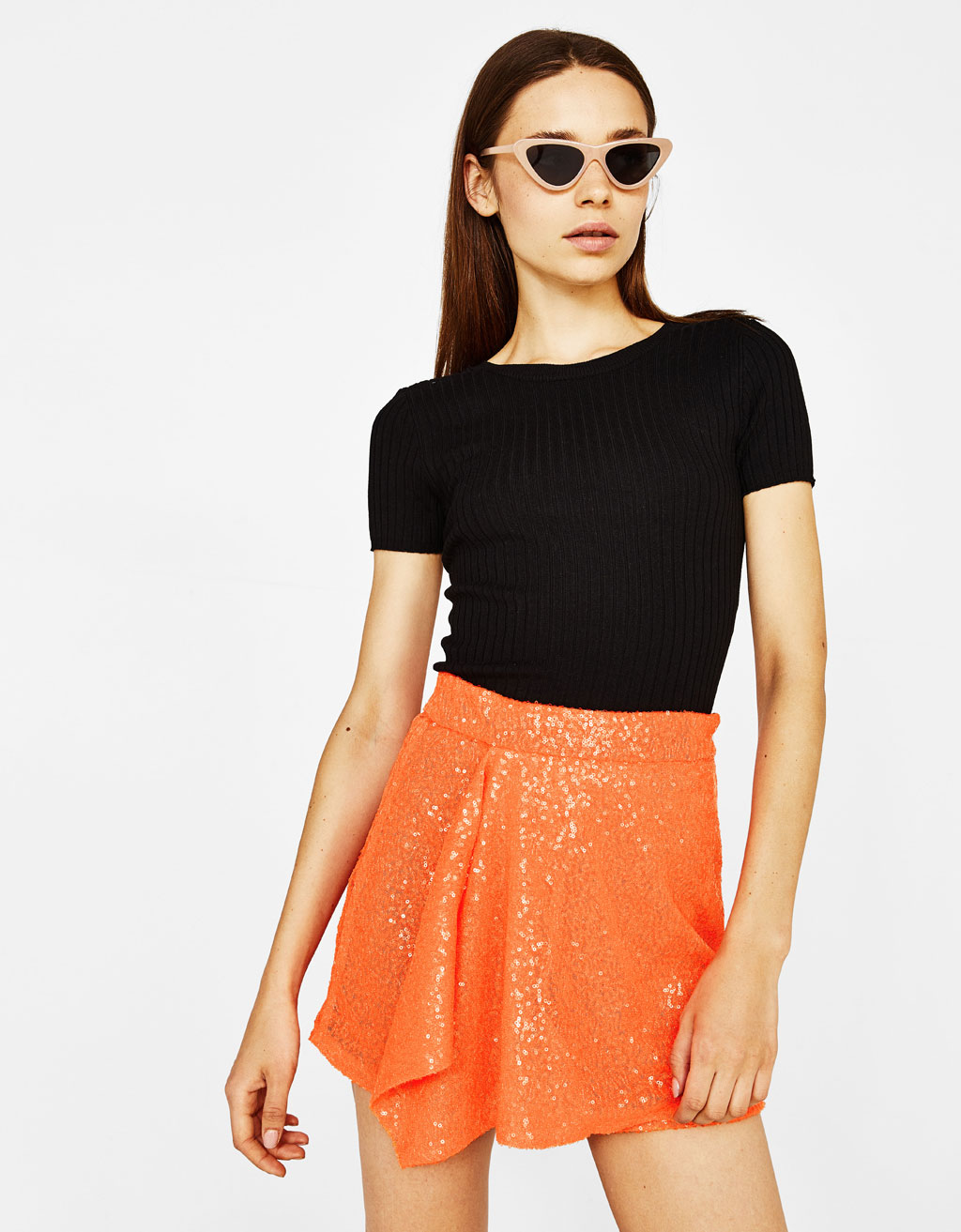 Wrap skirt with sequins