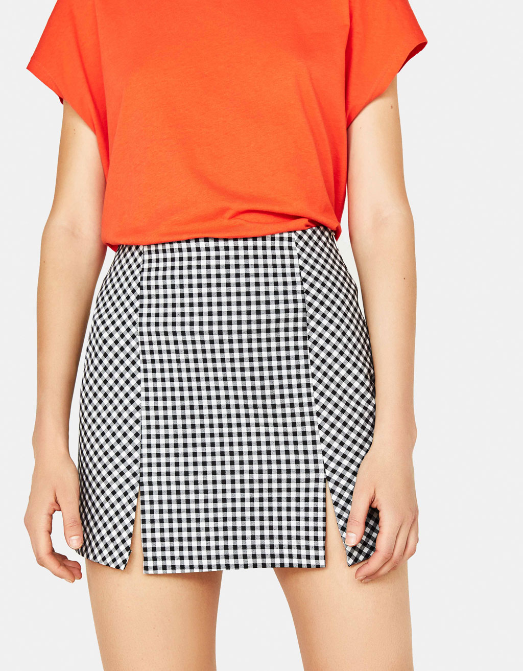 Checked skirt with slits