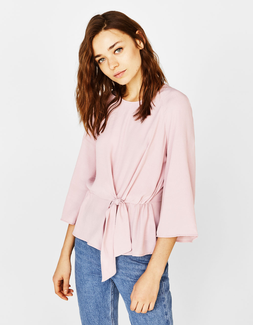 Blouse with knot detail