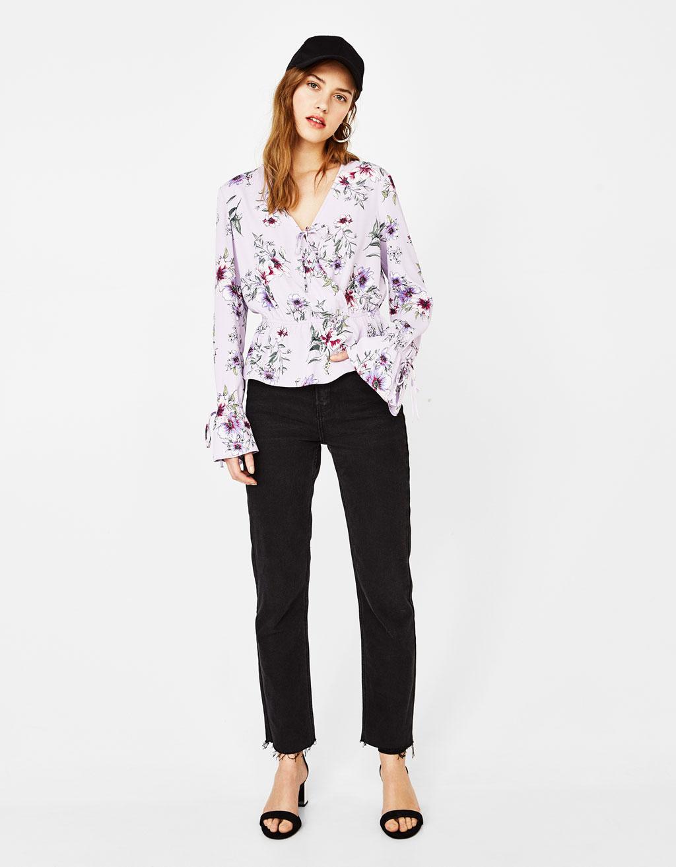 Çiçek baskılı bluz