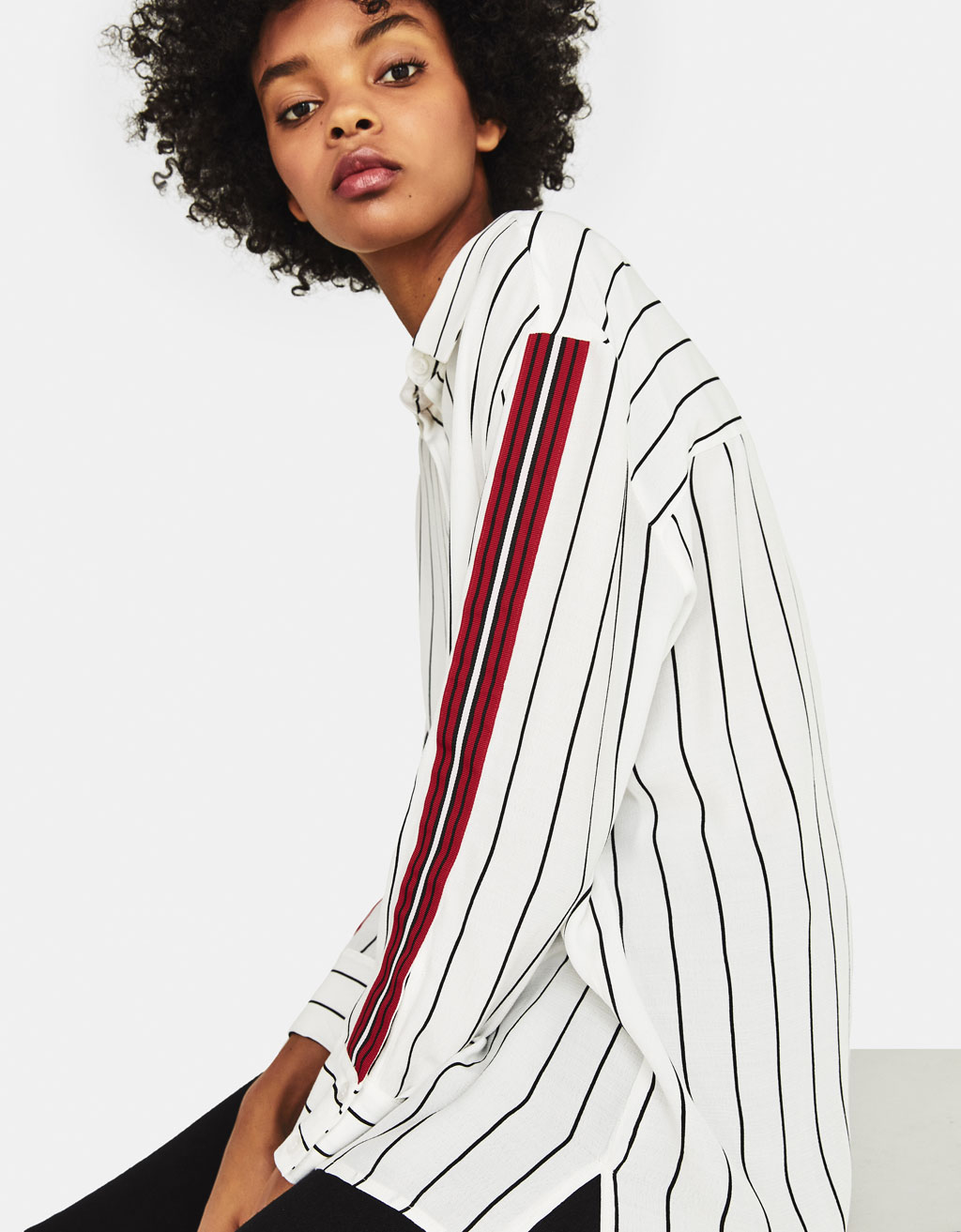 Shirt with contrasting stripes