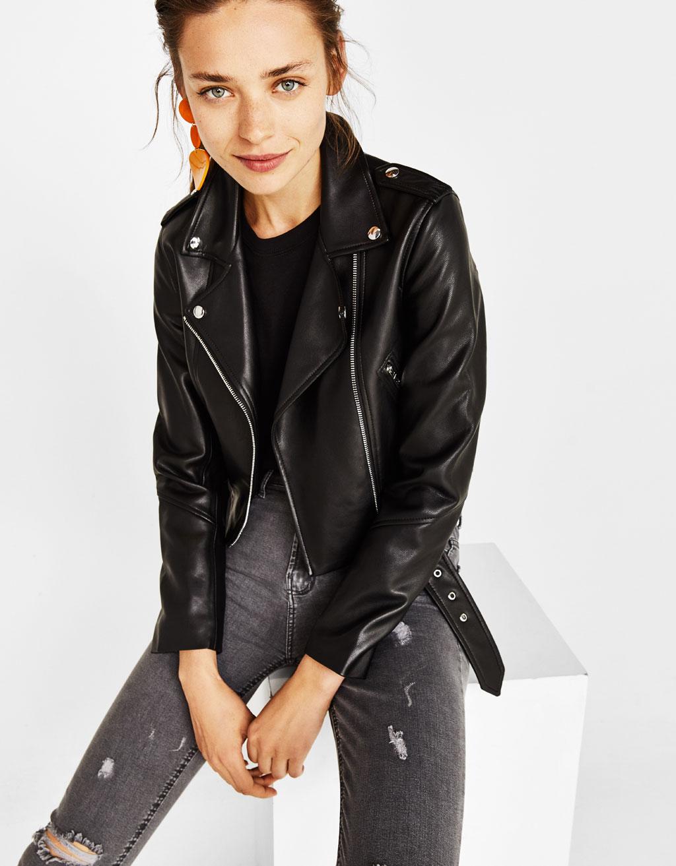 Укороченная куртка в байкерском стиле