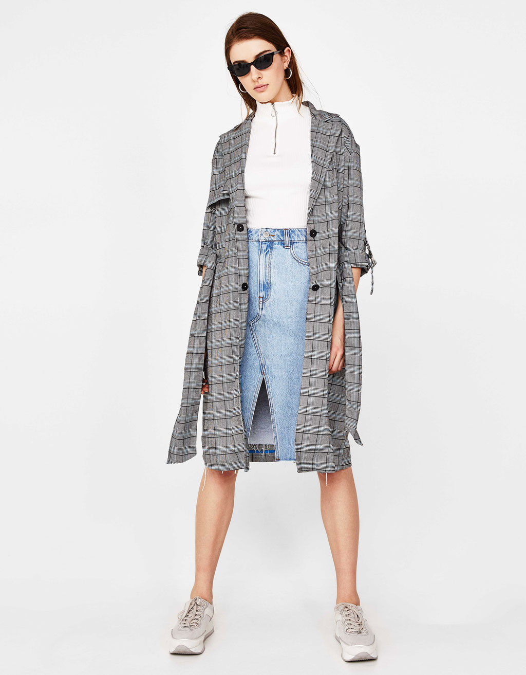 Lightweight plaid trench coat