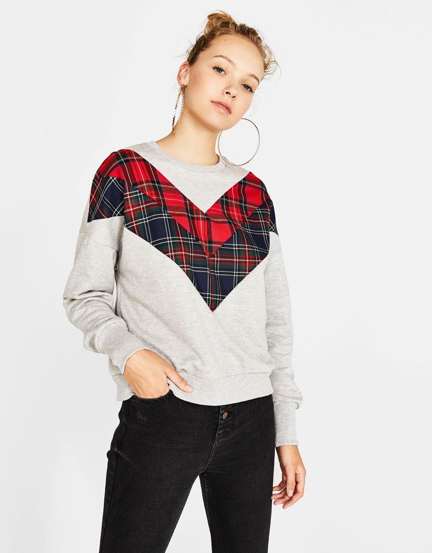 Contrasting tartan sweatshirt
