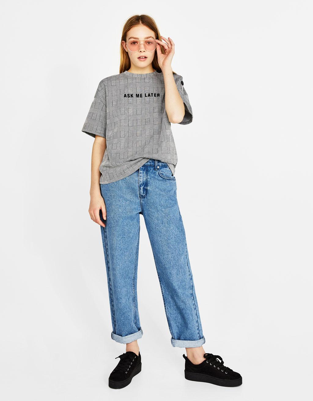 버튼 프린트 티셔츠