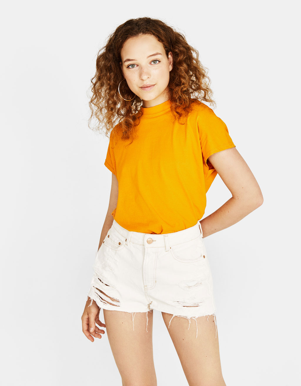 Tričko s vysokým golierom