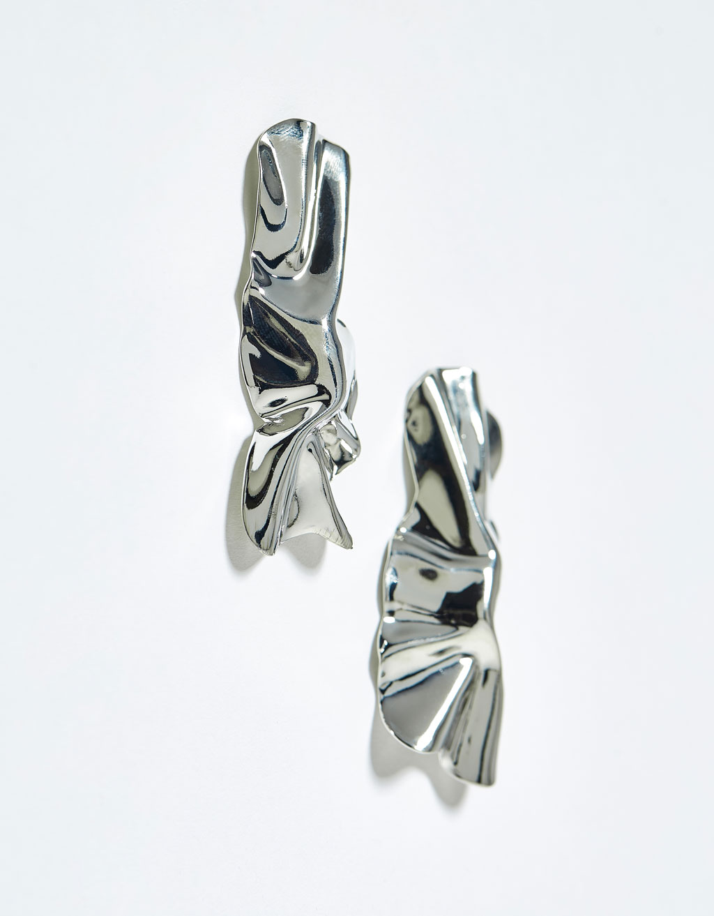 Metallic textured earrings
