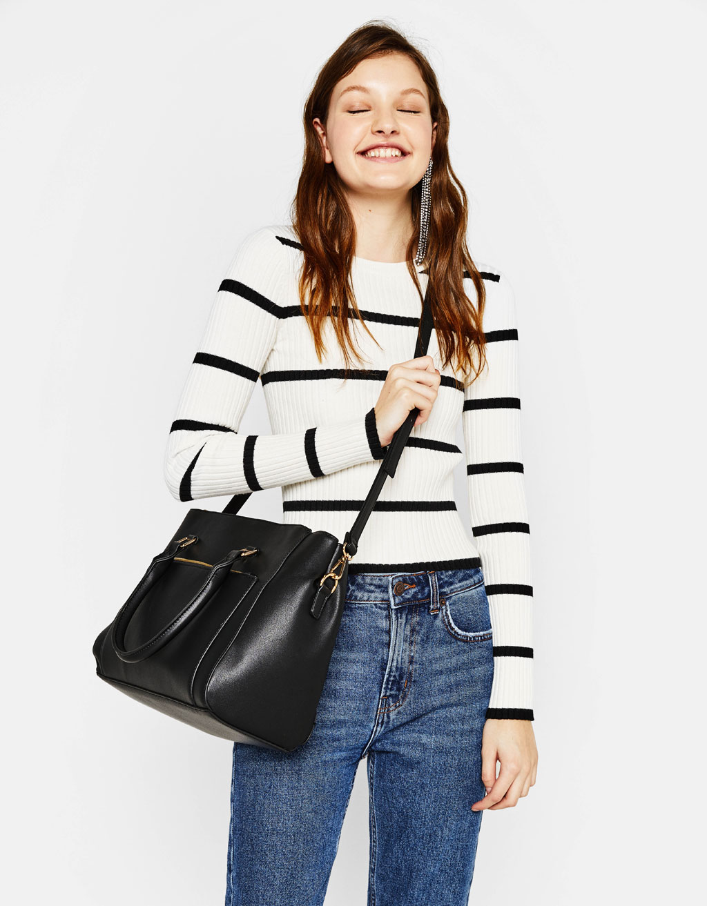 tote-bag-with-zippers by bershka