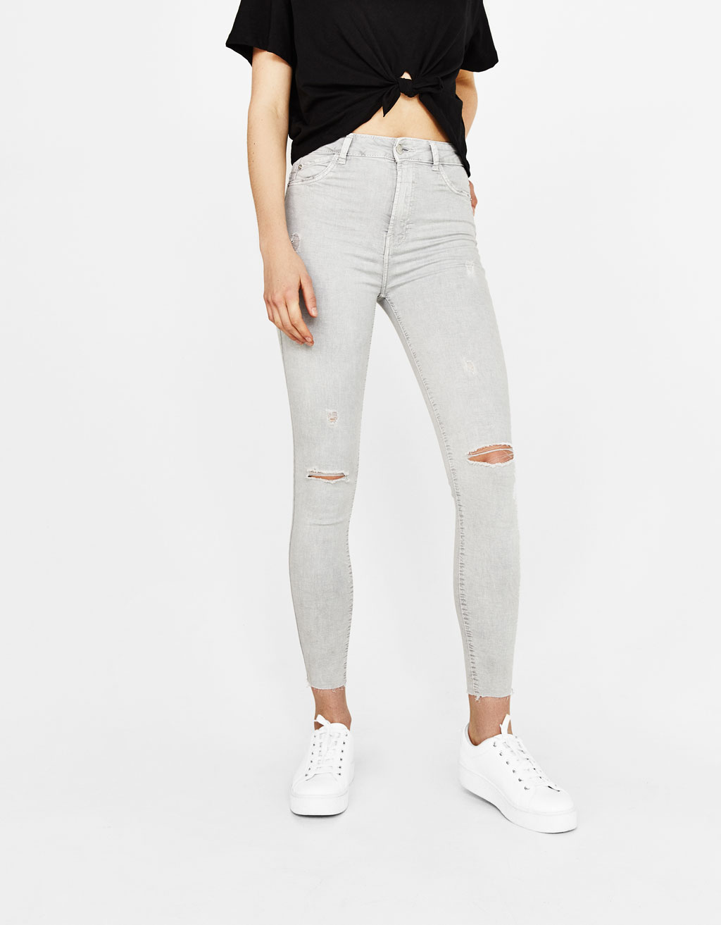 Ripped high waist trousers