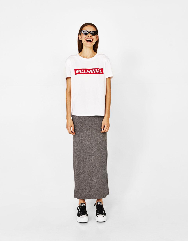 Długa spódnica o trapezowym kroju