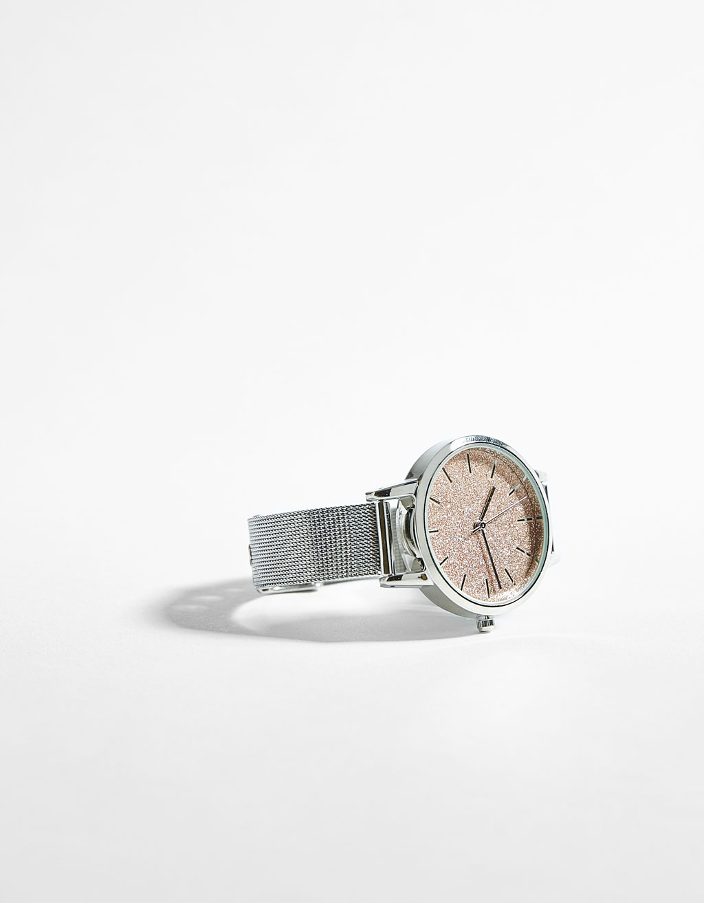 Mesh watch with shiny dial
