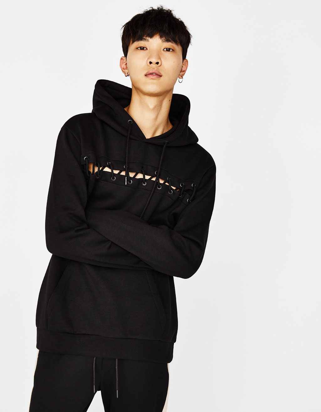 Sweatshirt with drawstring detail