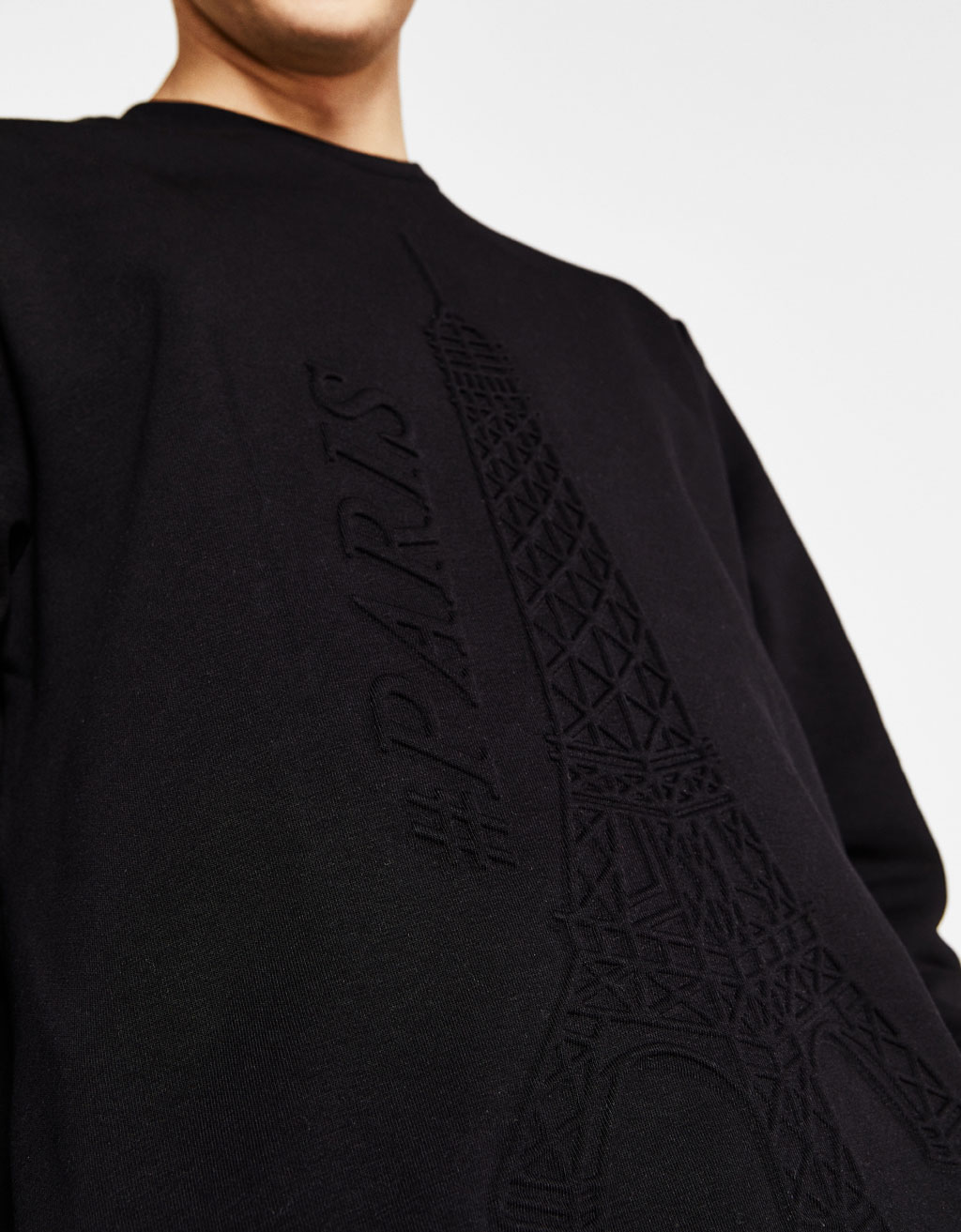 Sweatshirt with raised cities design