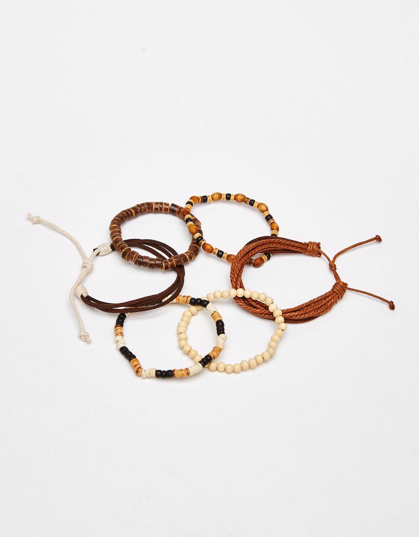 Contrasting bracelets