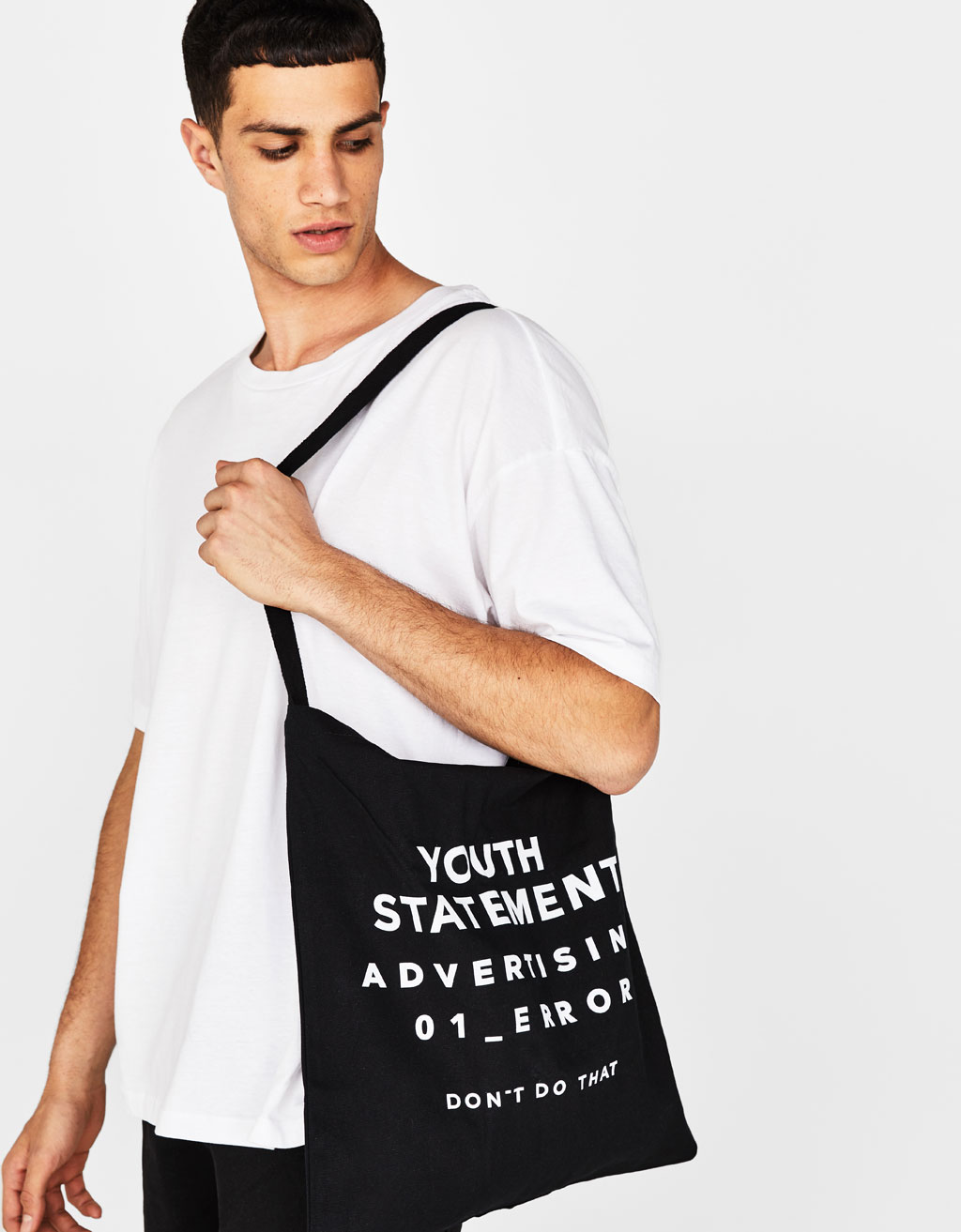 Tote bag with slogan
