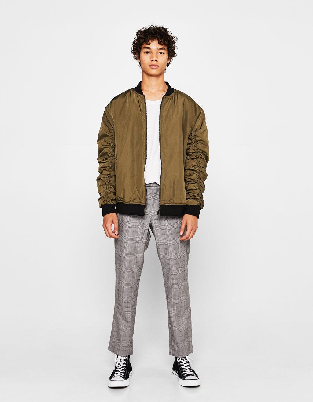 Bomber jacket with gathered sleeves