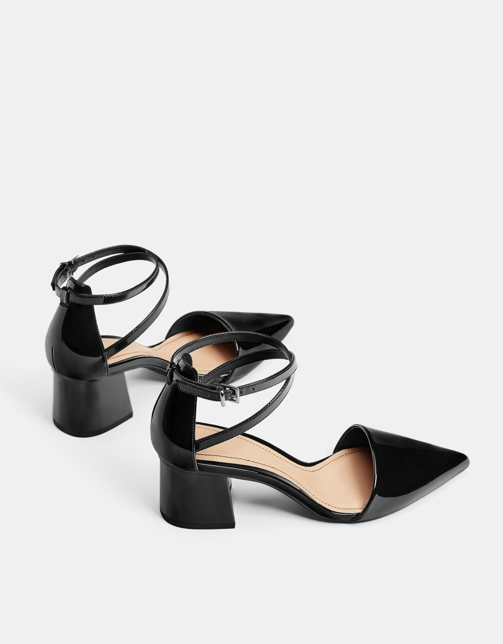Faux patent leather mid-heel shoes