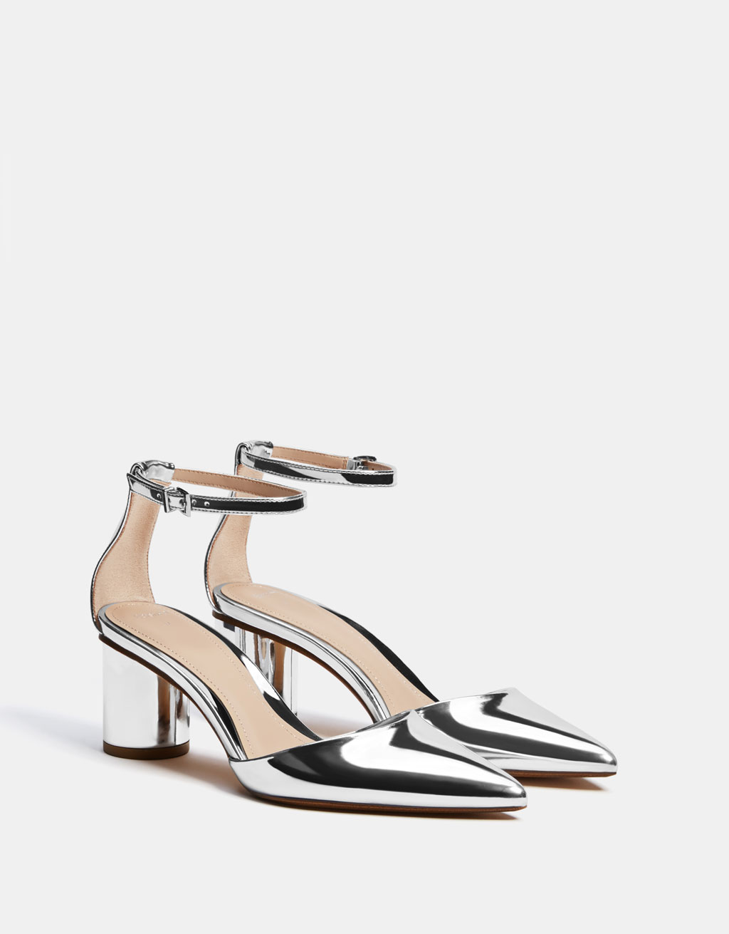 Metallic mid-heel shoes