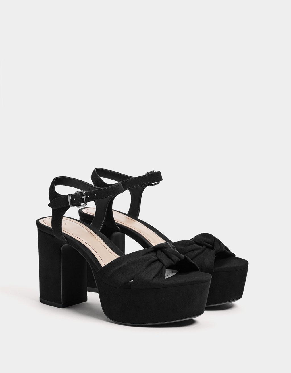 Open schoen met plateauzool