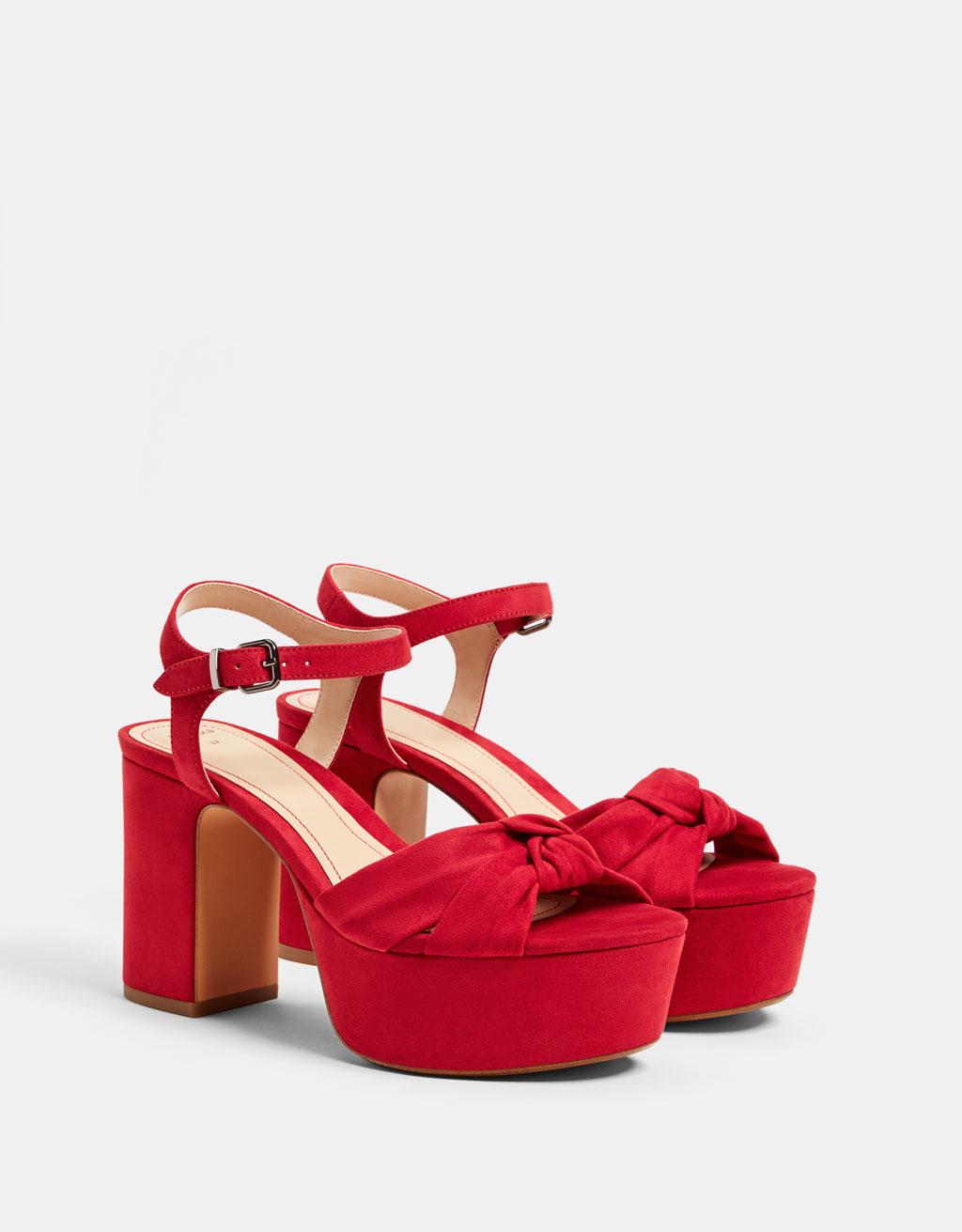 Sandalo con tacco plateau