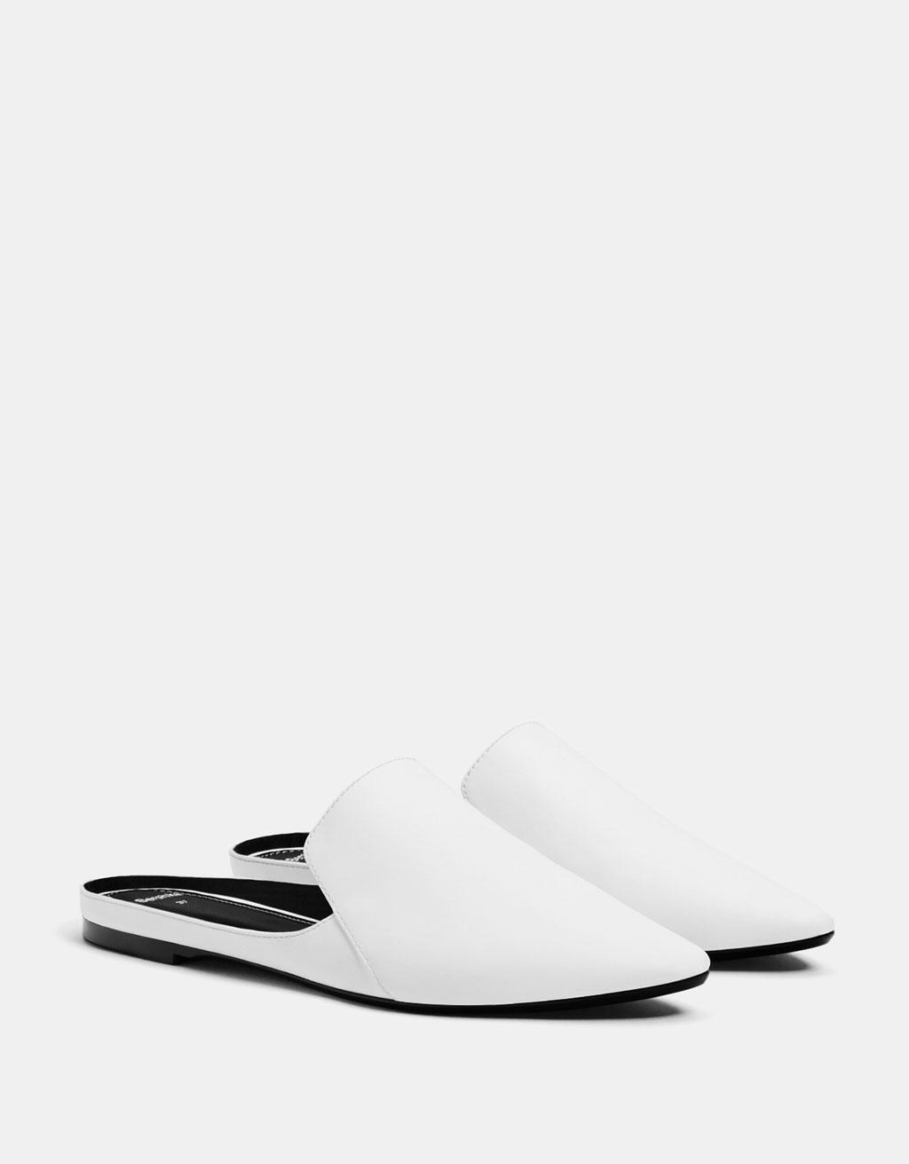Pantofi fără toc deschiși la spate