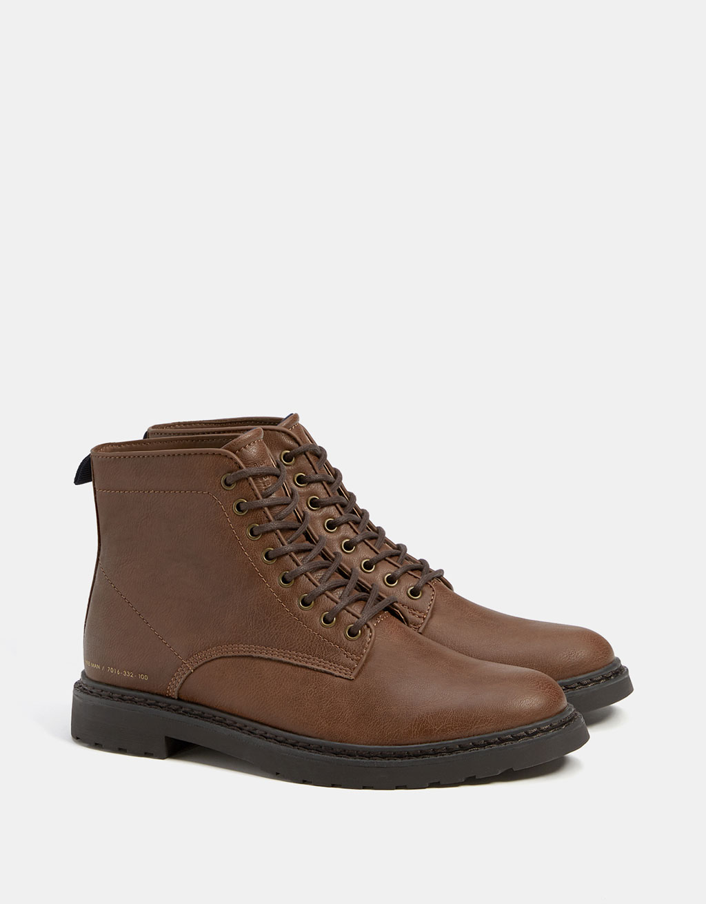 Smart men's lace-up boots