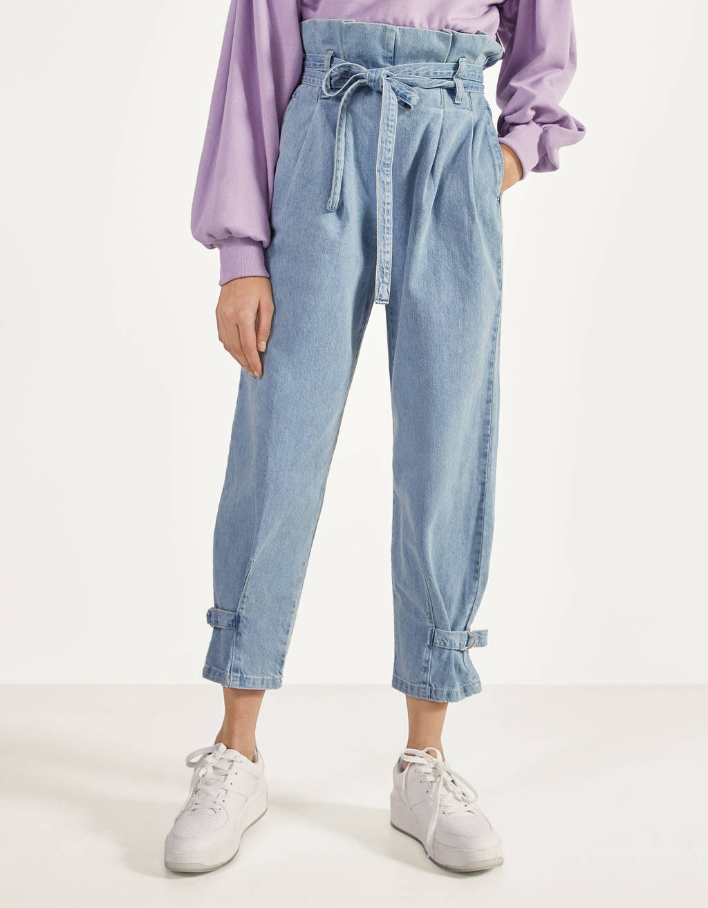 Paperbag jeans with bow