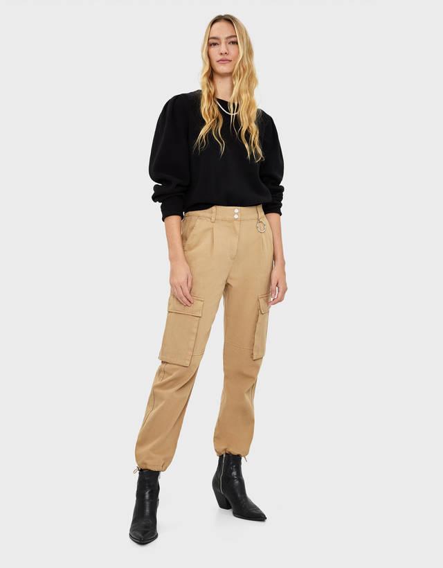 b8262b0626e Pantalones cargo de mujer - Rebajas de Verano 2019 | Bershka