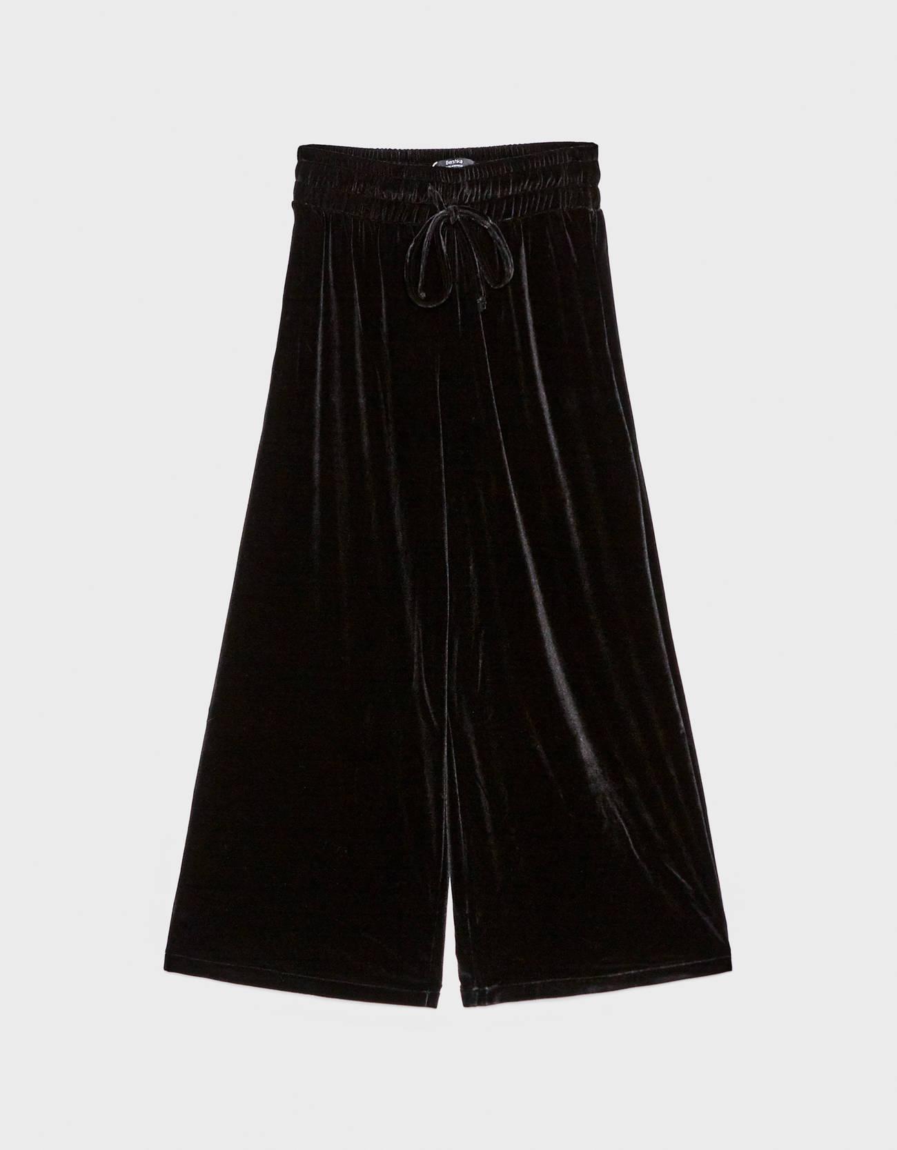 Бархатные брюки-кюлоты ЧЕРНЫЙ Bershka