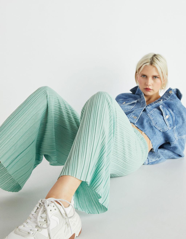 Calças culottes plissadas