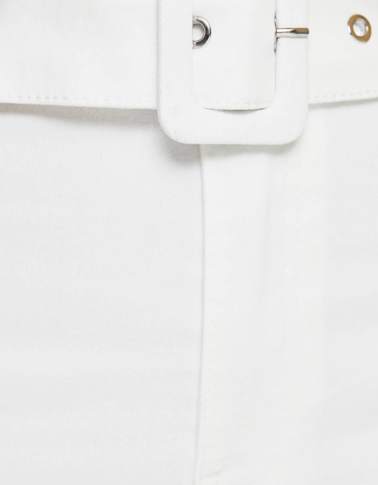 Брюки-джеггинсы с высокой посадкой и поясом Белый Bershka