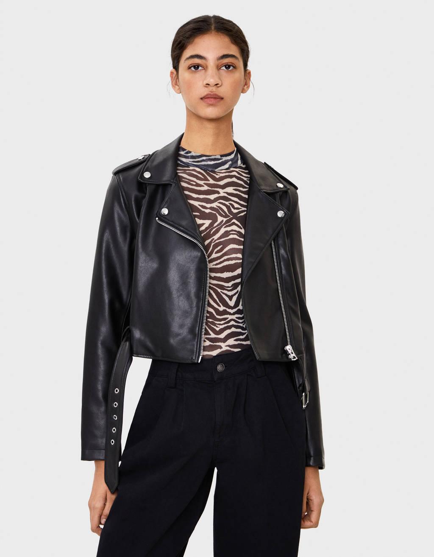 Cropped-Jacke im Bikerlook aus Kunstleder