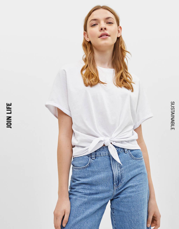 T-shirt avec nœud devant